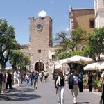 taormina-piazza