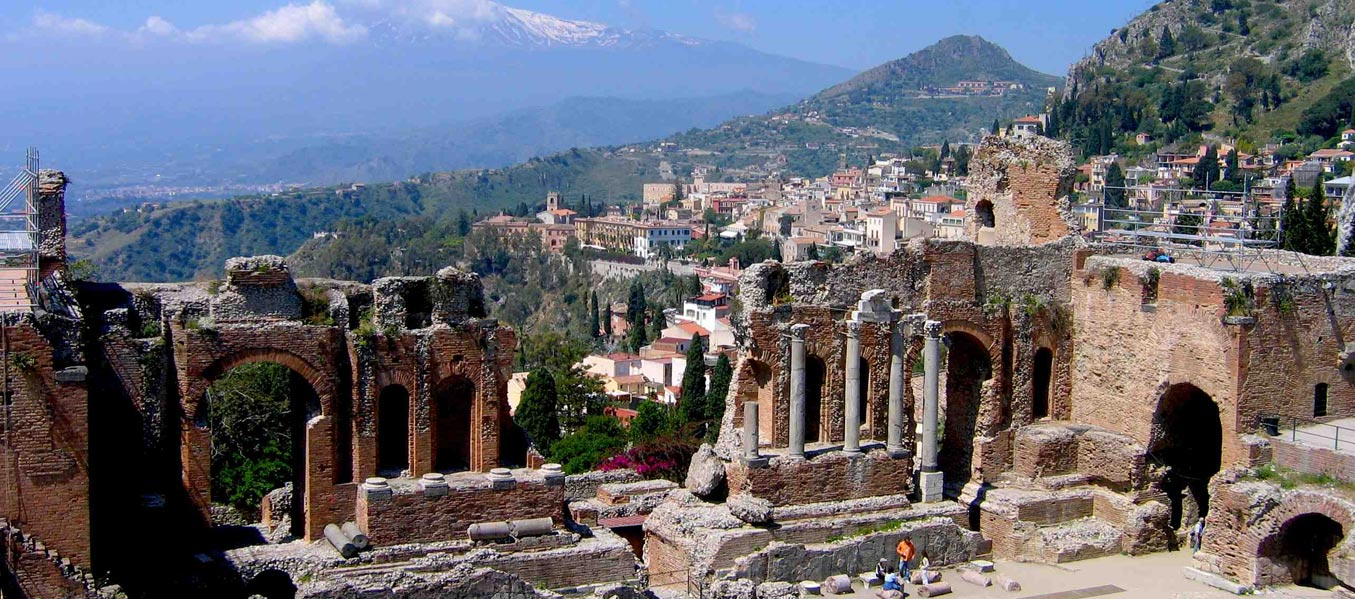 Greek-Roman-theater-Taormina-by-Vanvakys.jpg